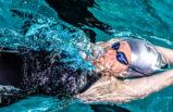 Erwachsenen Schwimmen
